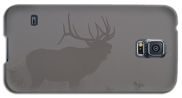 Galaxy S5 Case featuring the photograph Misty Morning Bull Elk by Doug McPherson