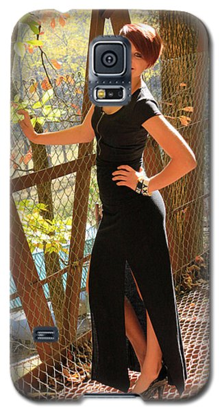 Model In The Light Galaxy S5 Case