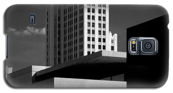 Modern Art Deco Architecture Black White Galaxy S5 Case