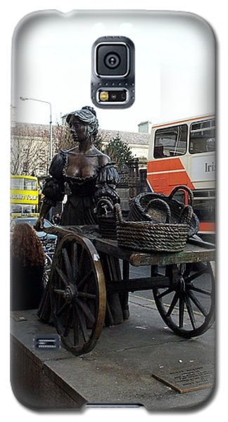 Galaxy S5 Case featuring the photograph Molly Malone by Barbara McDevitt