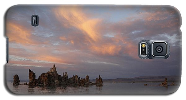 Mono Lake At Sunset Galaxy S5 Case