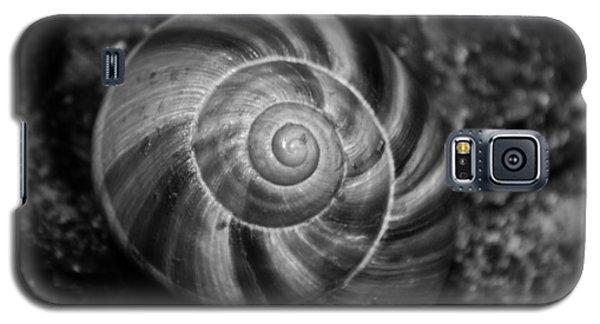 Monochrome Swirl Galaxy S5 Case by Mary Zeman