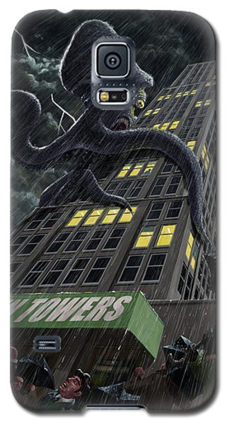 Monster Octopus Attacking Building In Storm Galaxy S5 Case