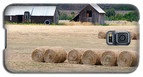 Galaxy S5 Case featuring the photograph Montana Bales by Vinnie Oakes