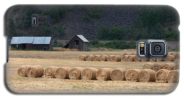 Galaxy S5 Case featuring the photograph Montana Hay Harvest by Vinnie Oakes