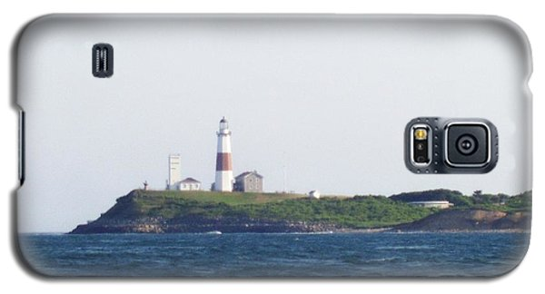 Montauk Lighthouse From The Atlantic Ocean Galaxy S5 Case by John Telfer
