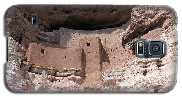 Galaxy S5 Case featuring the photograph Montezuma Castle 1 by Tom Doud