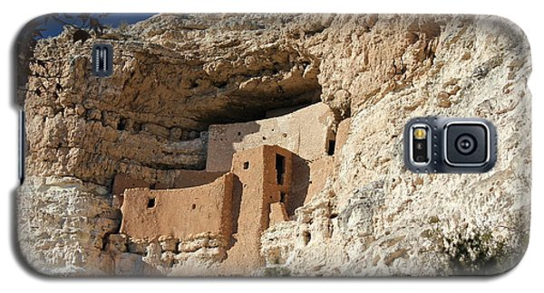 Galaxy S5 Case featuring the photograph Montezuma Castle by Penny Meyers