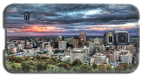 Montreal Skyline Sunset From Mount Royal Galaxy S5 Case by Shawn Everhart