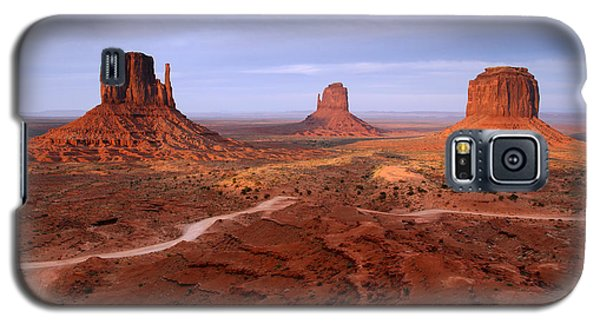 Monument Valley 4 Galaxy S5 Case by Butch Lombardi