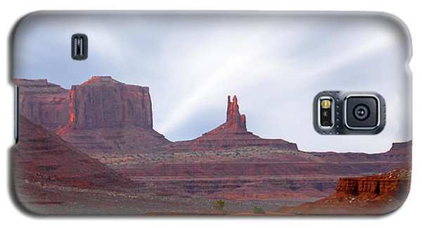 Monument Valley At Sunset Panoramic Galaxy S5 Case by Mike McGlothlen