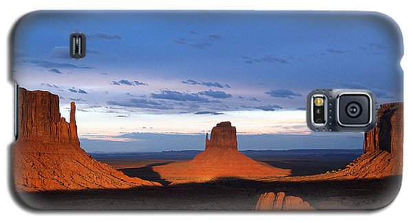 Galaxy S5 Case featuring the photograph Monument Valley @ Sunset 2 by Jeff Brunton