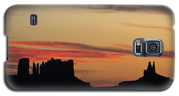Galaxy S5 Case featuring the photograph Monument Valley Sunset 1 by Jeff Brunton