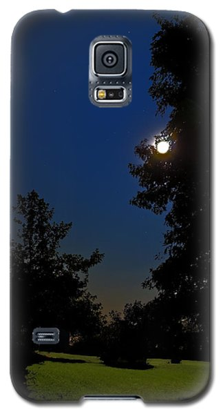 Galaxy S5 Case featuring the photograph Moon And Pegasus by Greg Reed