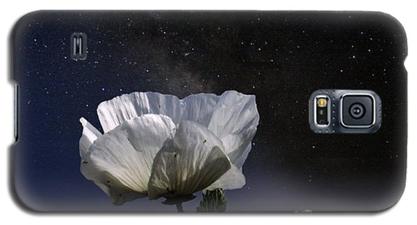 Galaxy S5 Case featuring the photograph Moon Babies by Jeremy Martinson