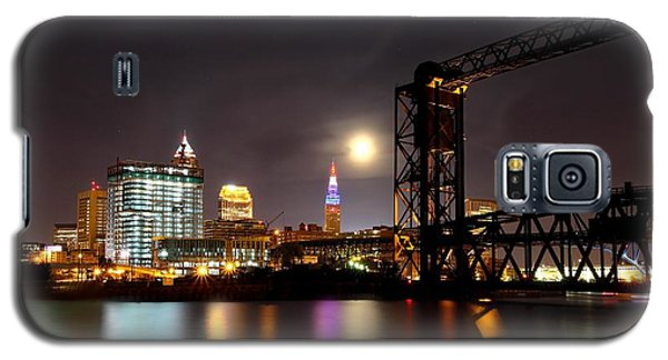Galaxy S5 Case featuring the photograph Moon Over Cleveland by Daniel Behm