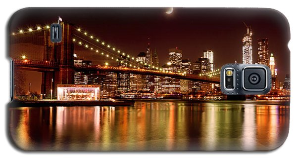 Moon Over The Brooklyn Bridge Galaxy S5 Case by Mitchell R Grosky