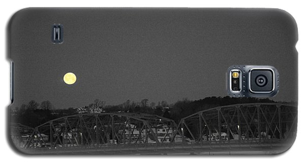 Moon Over The Steel Bridge Galaxy S5 Case