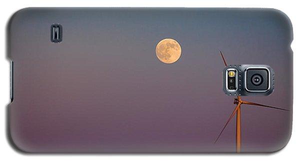 Moon Over Wind Generator Galaxy S5 Case