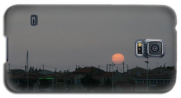 Moon Rising Over Carol South France Galaxy S5 Case by Phoenix De Vries