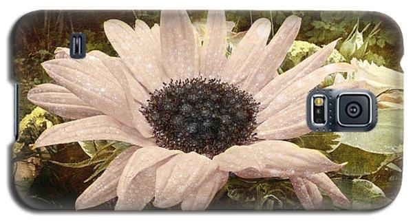 Galaxy S5 Case featuring the digital art Moonflower by Barbara Orenya