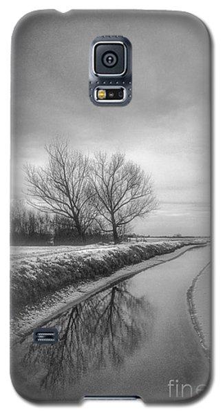 Moonland Galaxy S5 Case
