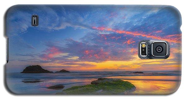Moonrise At Hug Point Galaxy S5 Case by Ryan Manuel