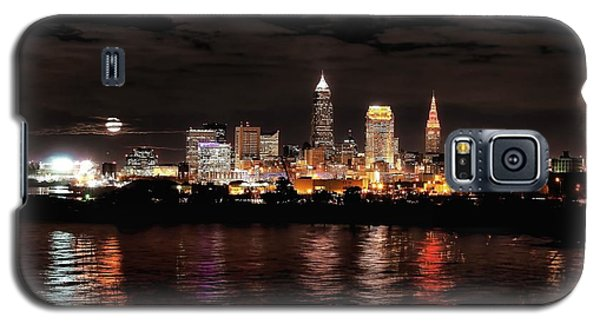 Moonrise Over Cleveland Skyline Galaxy S5 Case