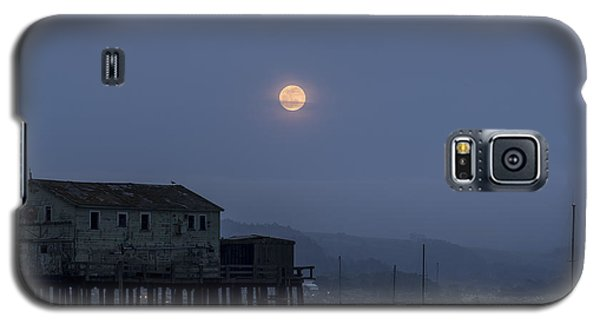 Moonrise Over The Harbor Galaxy S5 Case