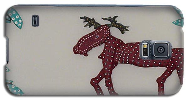 Galaxy S5 Case featuring the sculpture Moose Coming Home For Christmas by Robert Margetts