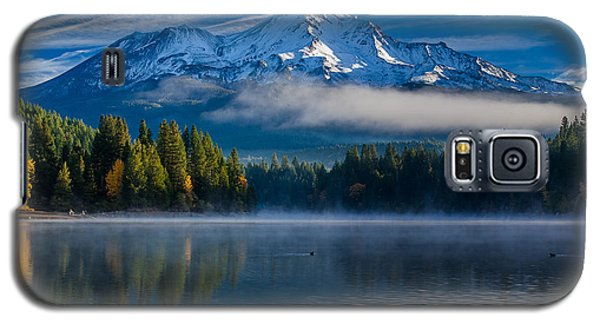 Morning At Siskiyou Lake Galaxy S5 Case by Greg Nyquist