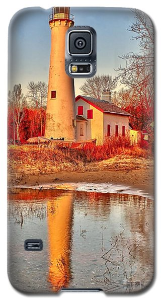 Morning At Sturgeon Point  Galaxy S5 Case by Nick Zelinsky