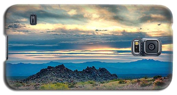 Morning Desert Glow Galaxy S5 Case by Fred Larson