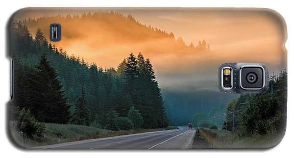 Morning Fog In Oregon Galaxy S5 Case