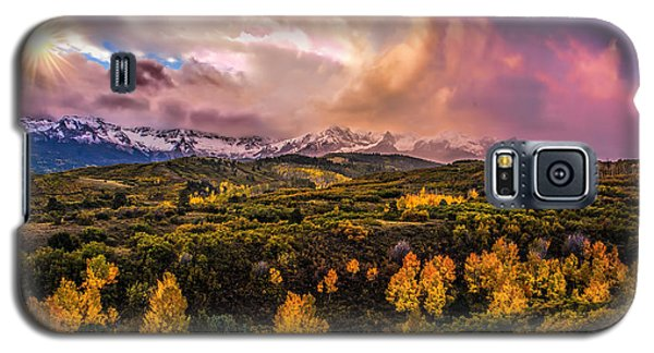 Galaxy S5 Case featuring the photograph Morning Glory by Ken Smith
