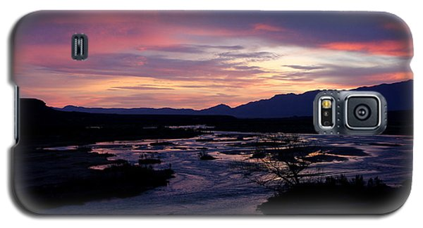 Galaxy S5 Case featuring the photograph Morning Glow by Tammy Espino