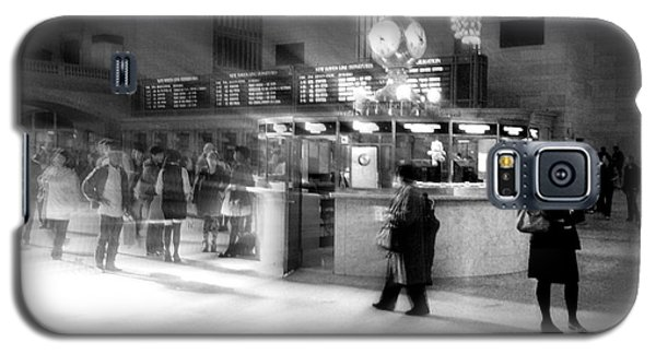 Morning In Grand Central Galaxy S5 Case by Miriam Danar