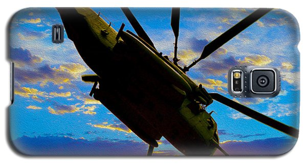 Helicopter Galaxy S5 Case - Morning Maneuvers  by Jon Neidert