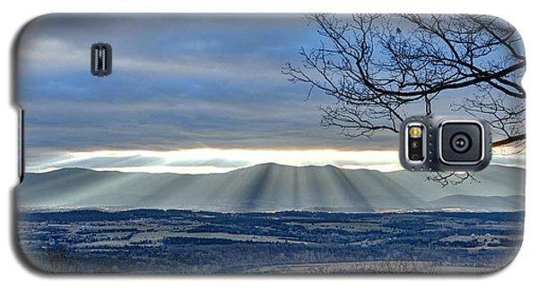Galaxy S5 Case featuring the photograph Morning Mountain Splendor by Lara Ellis