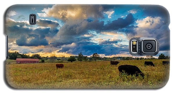 Morning On The Farm Two Galaxy S5 Case by Ken Frischkorn