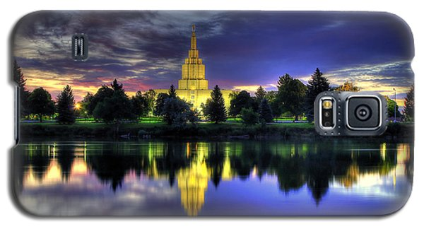 Morning Reflections Of Idaho Falls Temple  Galaxy S5 Case