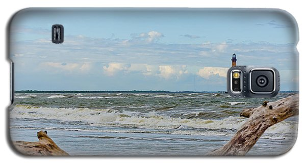 Morris Island Light With Driftwood Galaxy S5 Case