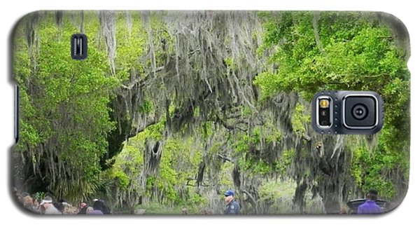 Galaxy S5 Case featuring the photograph Moss And Massive Crowd by Patricia Greer