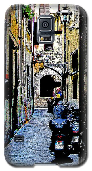 Galaxy S5 Case featuring the digital art Motorcyle In Florence Alley by Jennie Breeze
