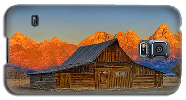 Moulton Barn Alpenglow Panorama Galaxy S5 Case