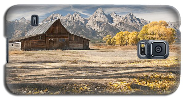 Moulton Barn Autumn Galaxy S5 Case by Wanda Krack