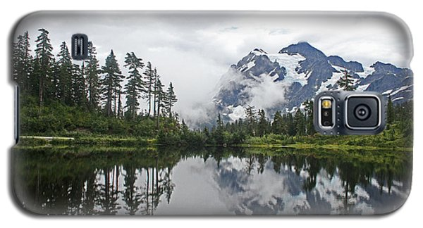 Mount Baker- Lake- Fir Trees And  Fog Galaxy S5 Case by Tom Janca
