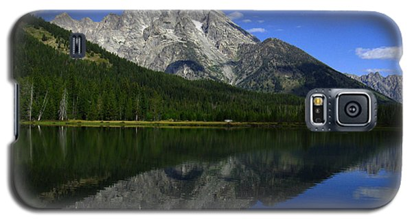 Galaxy S5 Case featuring the photograph Mount Moran And String Lake by Raymond Salani III