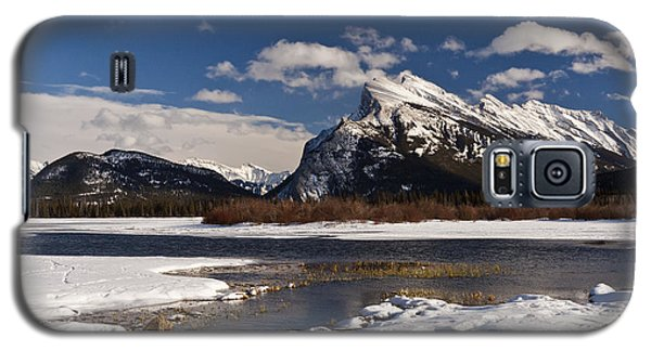 Mount Rundle Galaxy S5 Case by Dee Cresswell