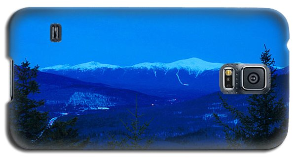 Mount Washington And The Presidential Range At Twilight From Mount Sugarloaf Galaxy S5 Case by John Burk